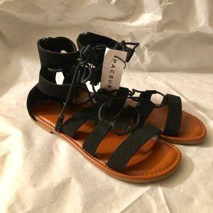 PacSun Gladiator Sandals NWT